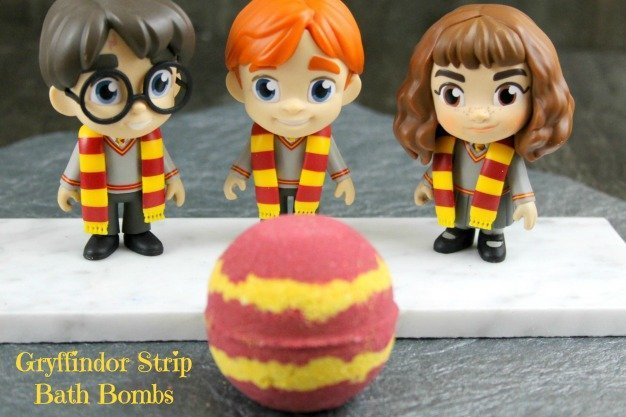 Gryffindor Strip Bath Bombs